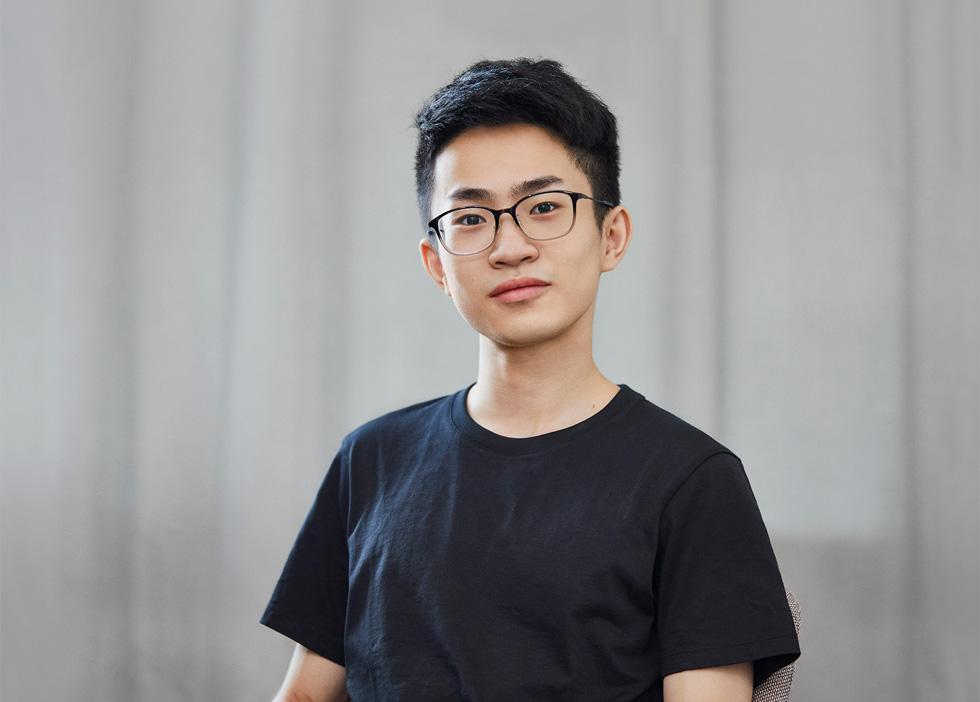 何世杰,北京邮电大学电信工程及管理专业,四年级。