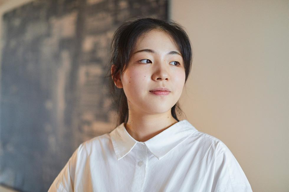 余铁琳,上海七宝德怀特高级中学,三年级。