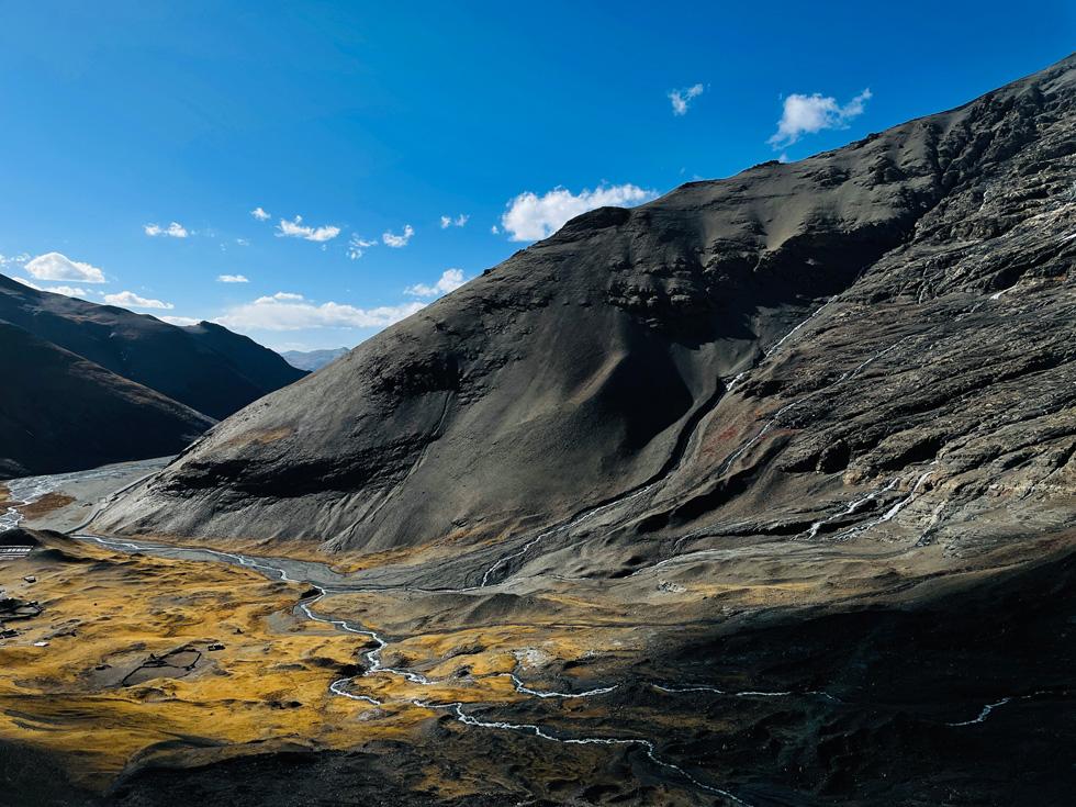 杨昶 使用 iPhone 12 Pro 广角摄像头于卡若拉冰川拍摄。