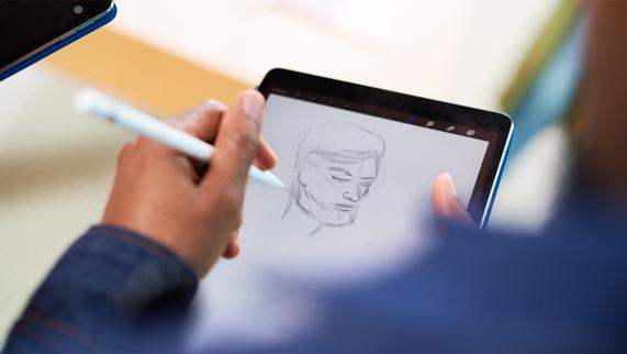 在 iPad 上使用 Apple Pencil 绘制的一张草图。