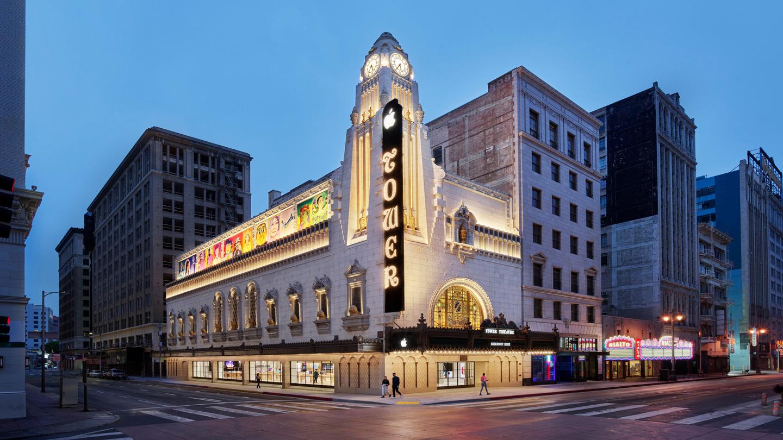 Apple Tower Theatre 街景图。