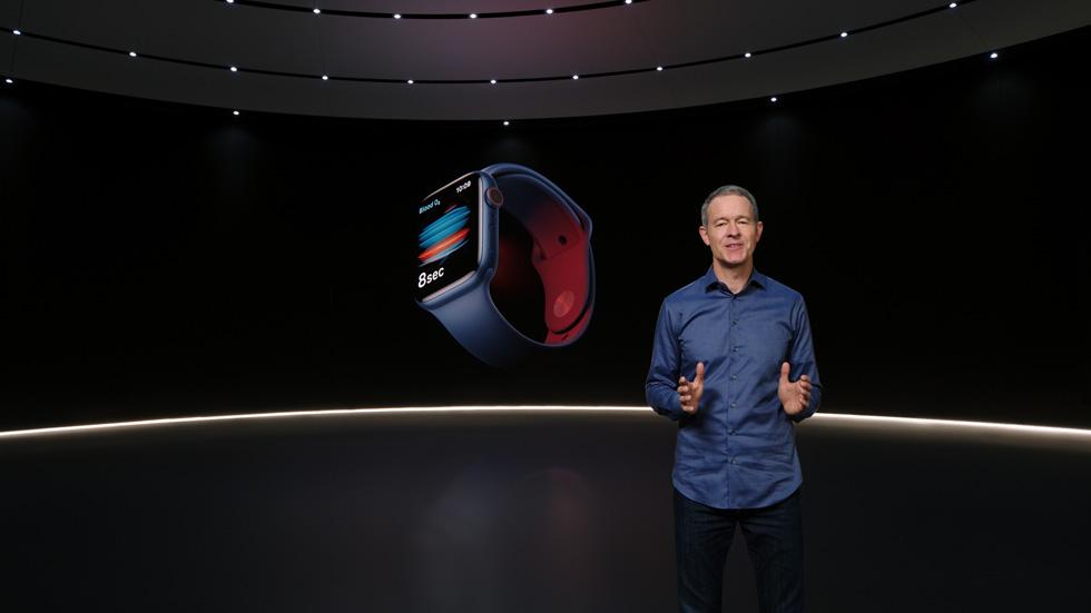 Jeff Williams 介绍 Apple Watch Series 6。