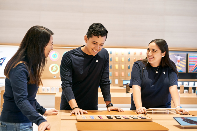 Apple Antara 的员工。