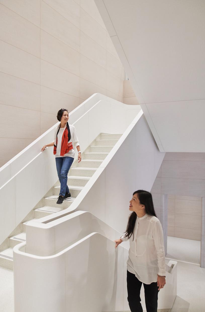 Apple 信义 A13 的楼梯。