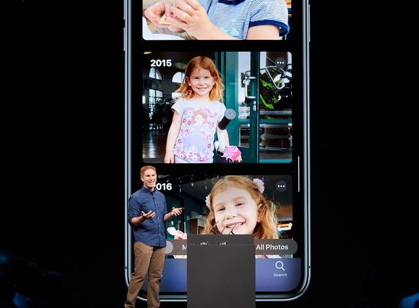 Justin Titi 在 WWDC 2019 演讲台上。