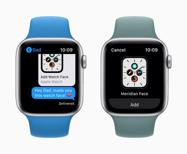 并排放置的 Apple Watch Series 5 上分别显示信息 app 中的共享表盘和子午线表盘。