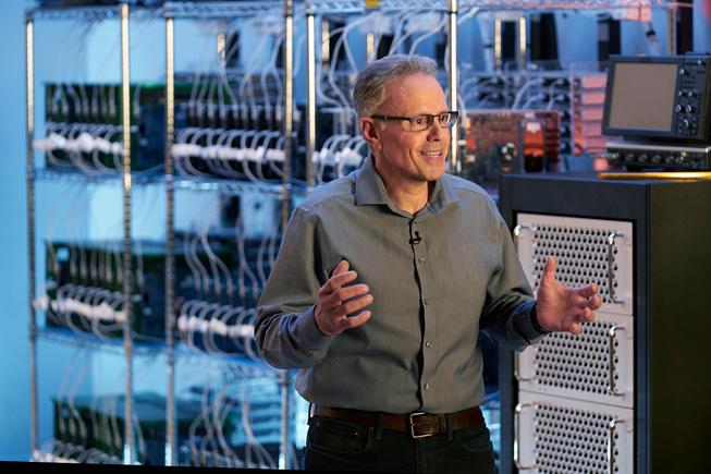 Apple 硬件技术高级副总裁 Johny Srouji。