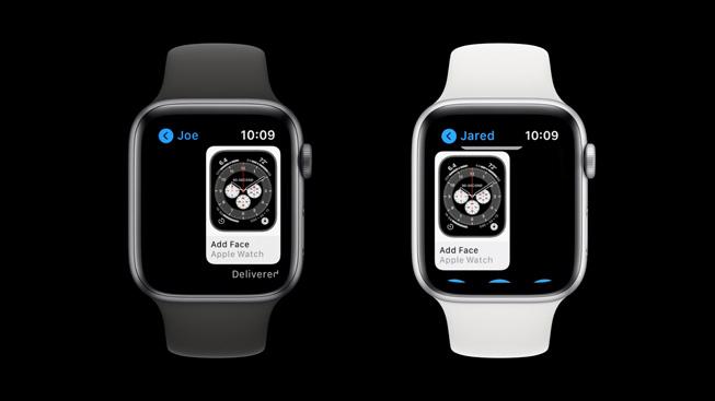 一支 Apple Watch Series 5 与另一支 Apple Watch Series 5 共享表盘。