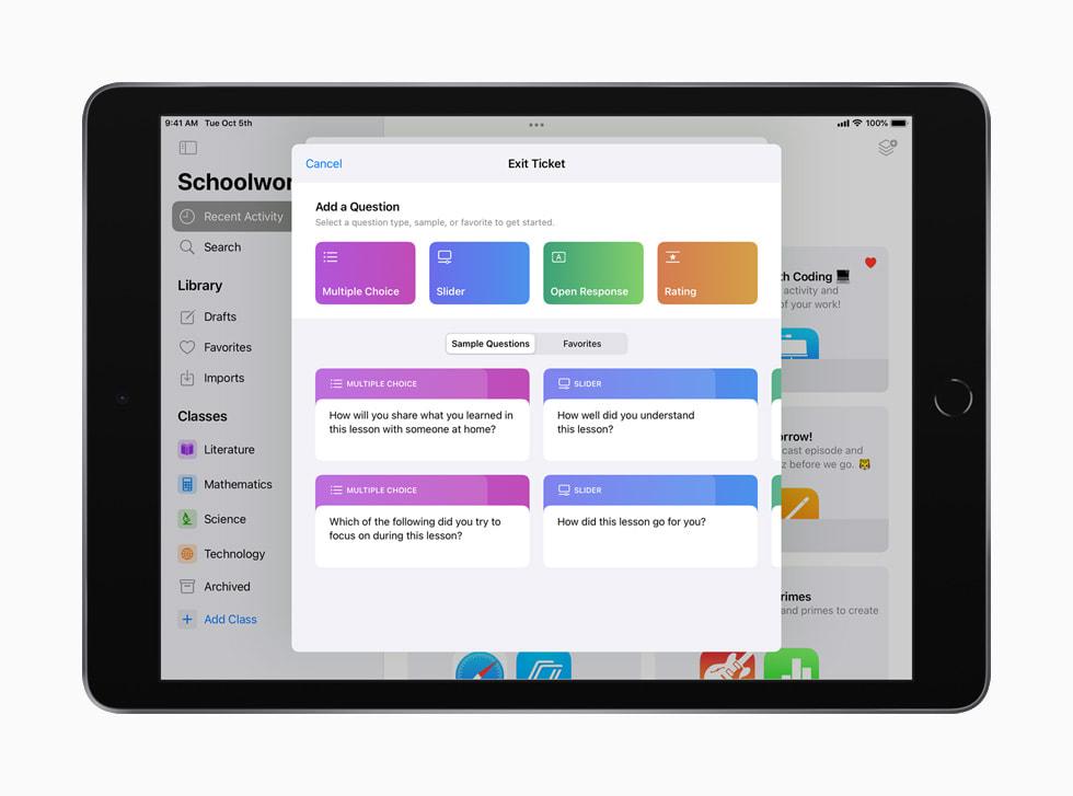 iPad 上显示的课业 app 中的下课反馈单模板。