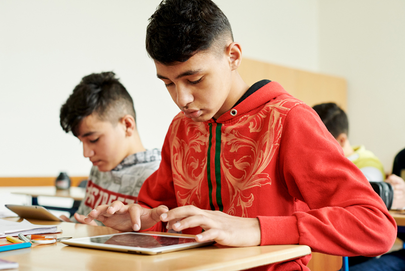在 Wilhelm Ferdinand Schussler Day School,iPad 已经成为孩子们的学习工具。