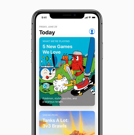 """iPhone X 以及在 App Store 中选择""""Today""""标签页。"""