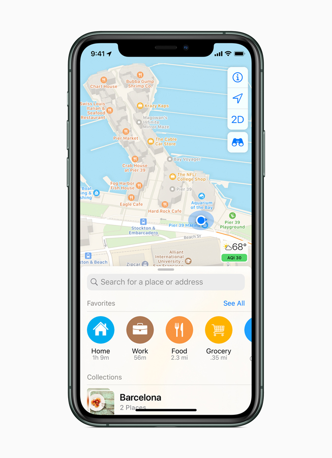 iPhone 11 Pro 屏幕上显示重新设计的新版地图 app 的个人收藏栏。