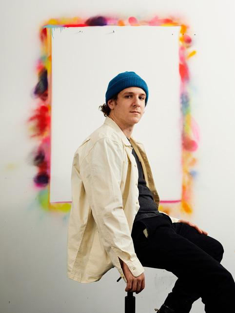 "Eric ""Efdot"" Friedensohn 在布鲁克林的工作室中。"