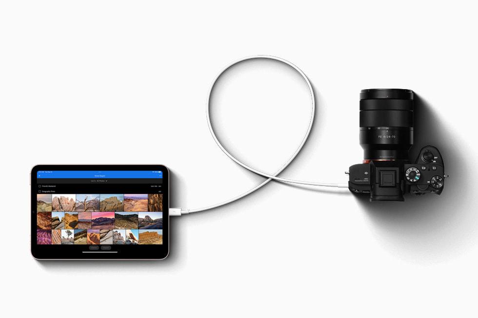 使用 USB-C 接口连接的 iPad mini 与相机。