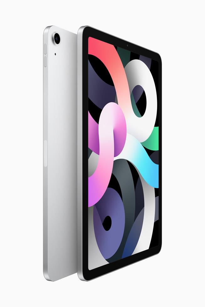 两部银色 iPad Air 背靠背展示。