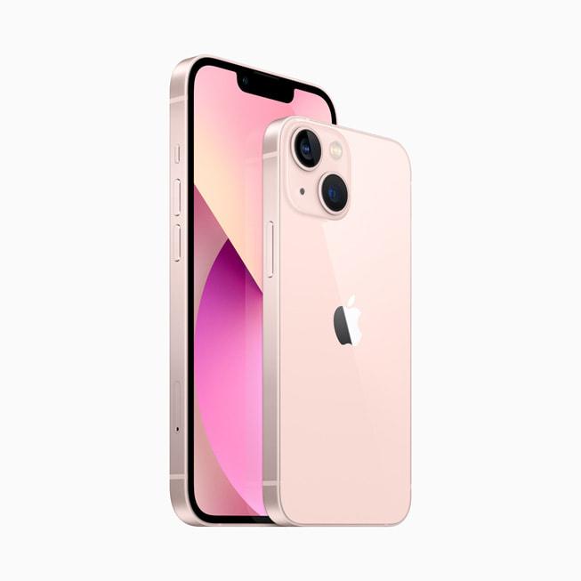 通过侧向角度展示 iPhone 13 和 iPhone 13 mini 的正面与背面。