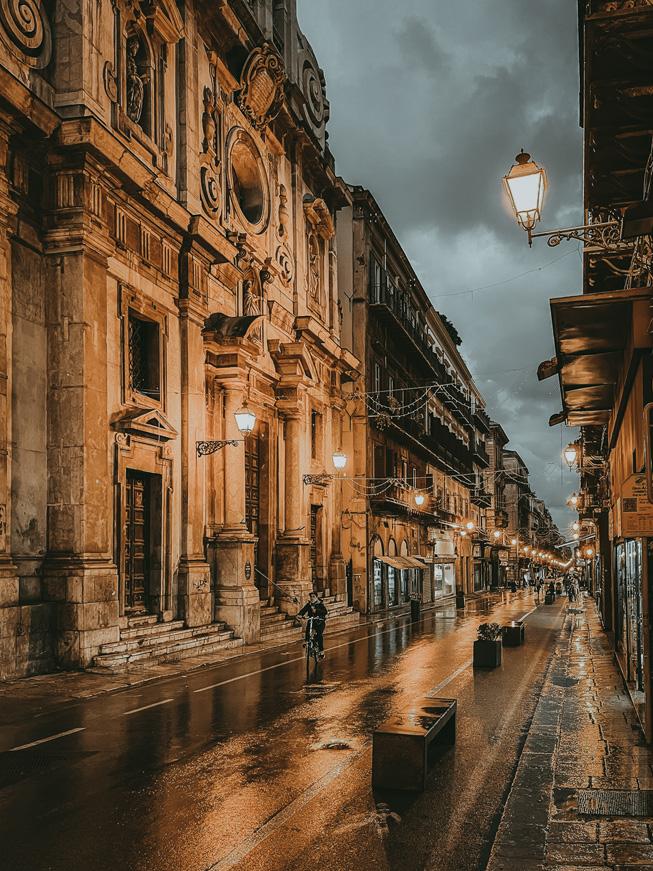 雨天的意大利街道。