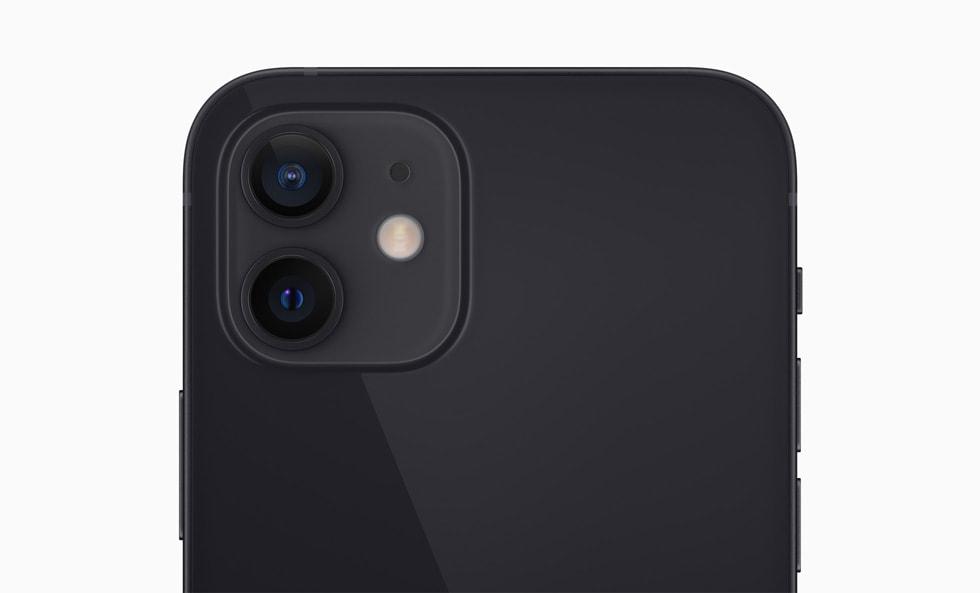 iPhone 12 的双摄系统。