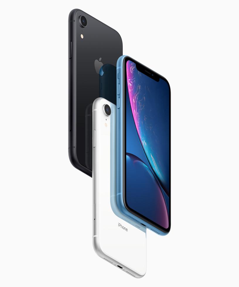 三款 iPhone X{s}R{s},分别为黑色、白色和蓝色外观。