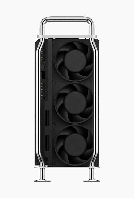 Mac Pro 背面的风扇。