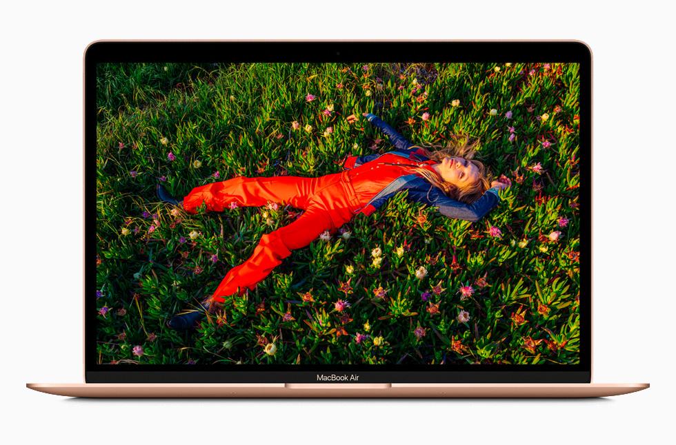 MacBook Air 的视网膜显示屏。