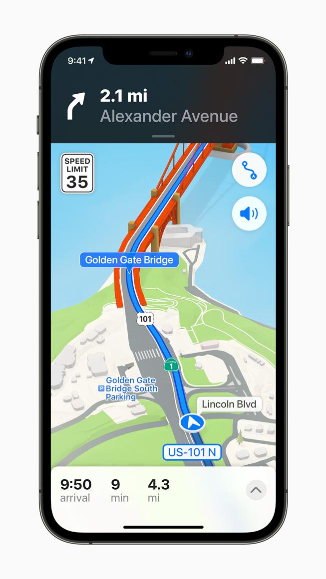 iPhone 12 Pro 上展示更详细的地图 app 导航。