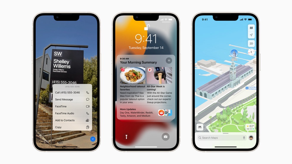 三台星光色 iPhone 13 设备展示 iOS 15 中的实况文本、重新设计的通知和多方面升级的地图 app。
