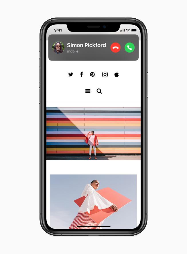 iPhone 11 Pro 上显示 iOS 14 中的呼入电话。