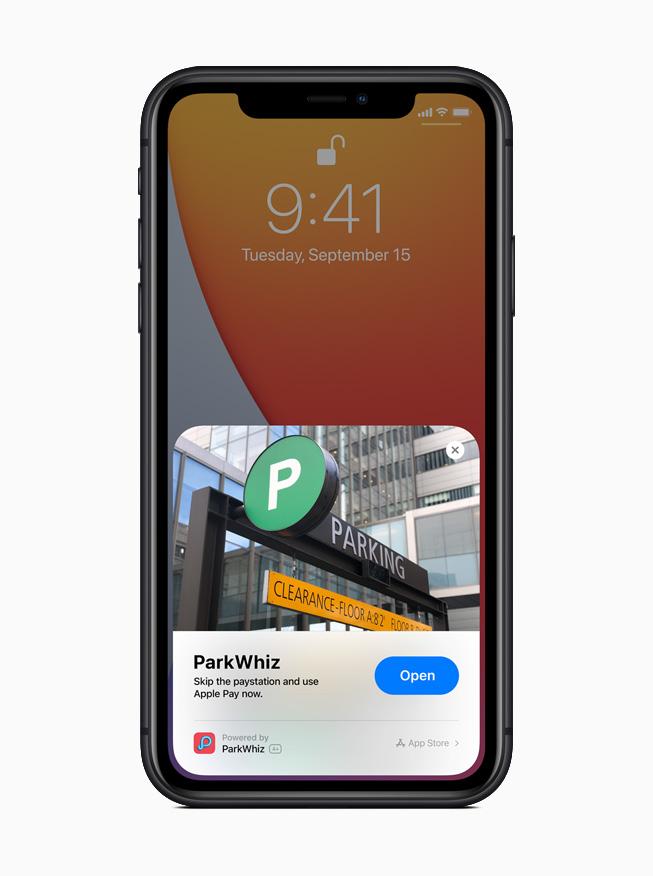 iPhone 11 Pro 展示 Park Whiz app 中的轻 App。