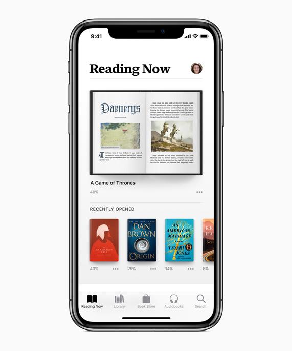 iPhone X 显示 Apple Books app 中的 Reading Now 屏幕。