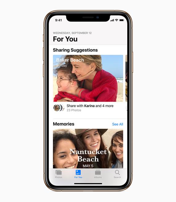 iOS 12 中更新的照片 app 界面。