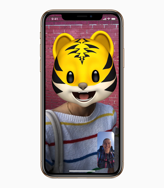 FaceTime 通话的全新动话表情功能。