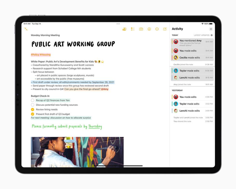 iPad Pro 上的共享备忘录。