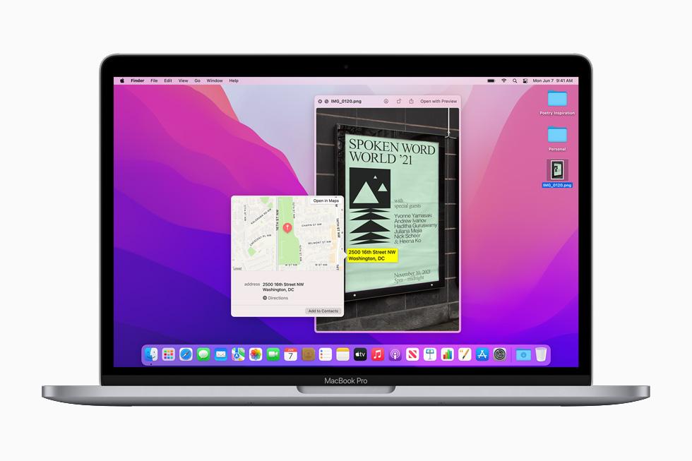 在 13 英寸 MacBook Pro 上展示 macOS Monterey 的实况文本与图像查询功能。