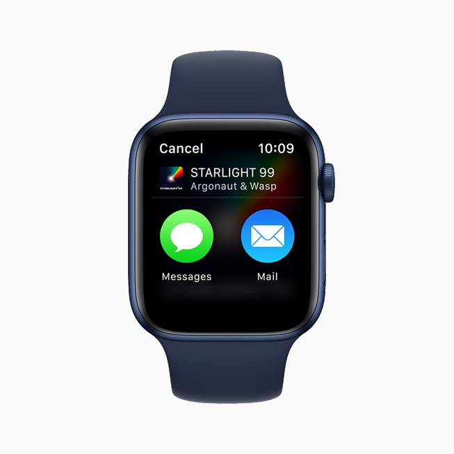 在 Apple Watch Series 6 上展示在音乐 app 中使用信息或邮件分享音乐的选项。
