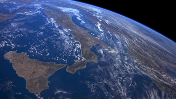 拍摄于意大利的图片展示了新的 Apple TV ISS 屏幕保护程序