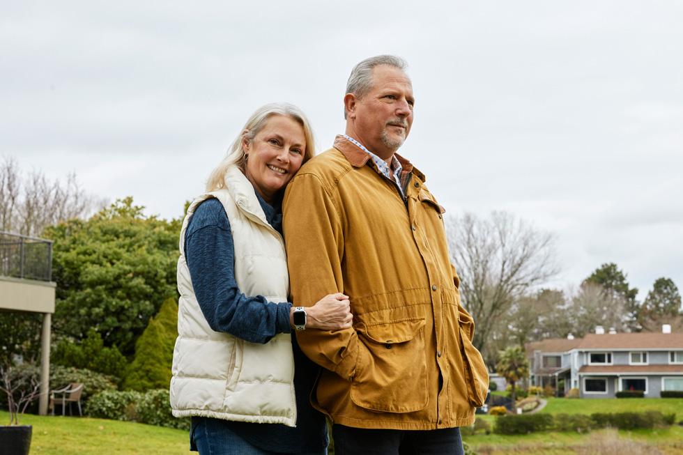 Bob March 和 Lori March。