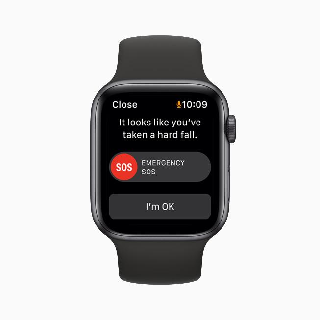 Apple Watch 上的摔倒检测提醒。