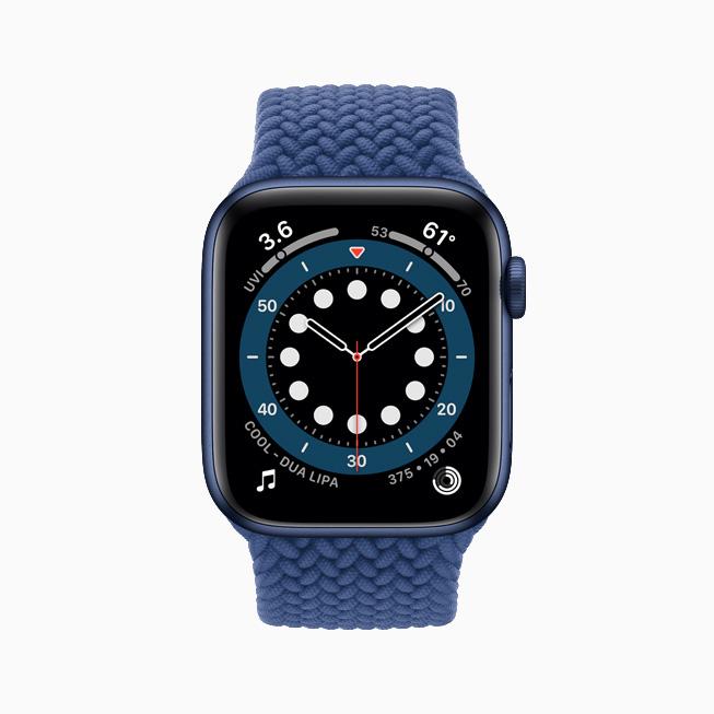 Apple Watch Series 6 上显示的正计时表盘。