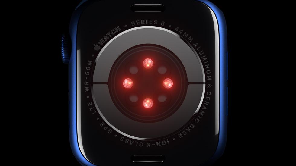 Apple Watch Series 6 的水晶玻璃表背。