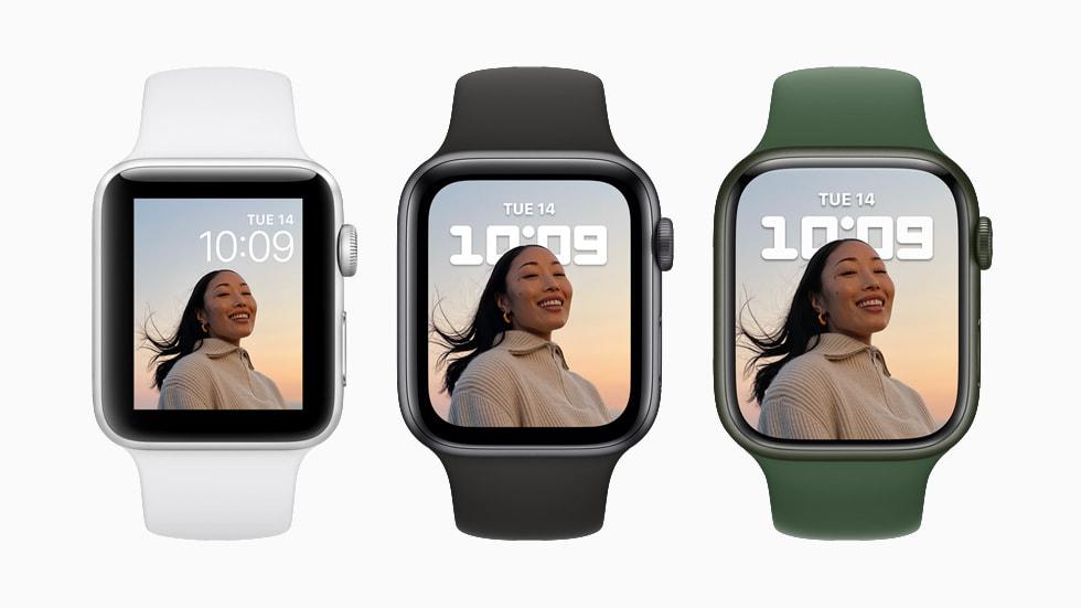 展示三种配色、两种不同表盘的 Apple Watch Series 7。