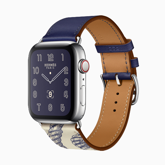 配有全新 Della Cavalleria 印花拼色表带的 Apple Watch Hermès。