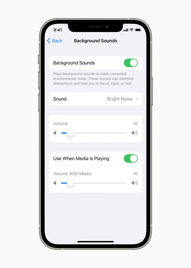 iPhone 12 Pro 上正在显示背景音功能。