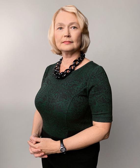 Elena Krasnoperova 的人像照