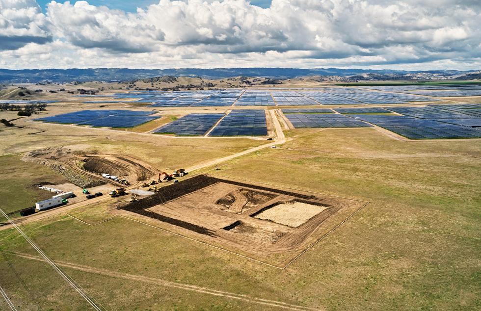California Flats 太阳能电站的施工